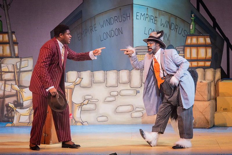 Clive Rowe - Dick Whittington And His Cat - Hackney Empire